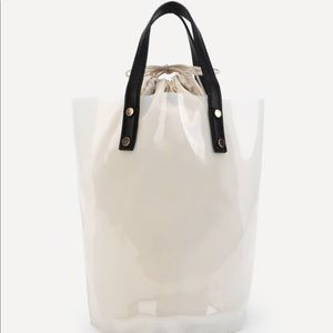 Handbags - Clear Bucket Bag With Inner Pouch